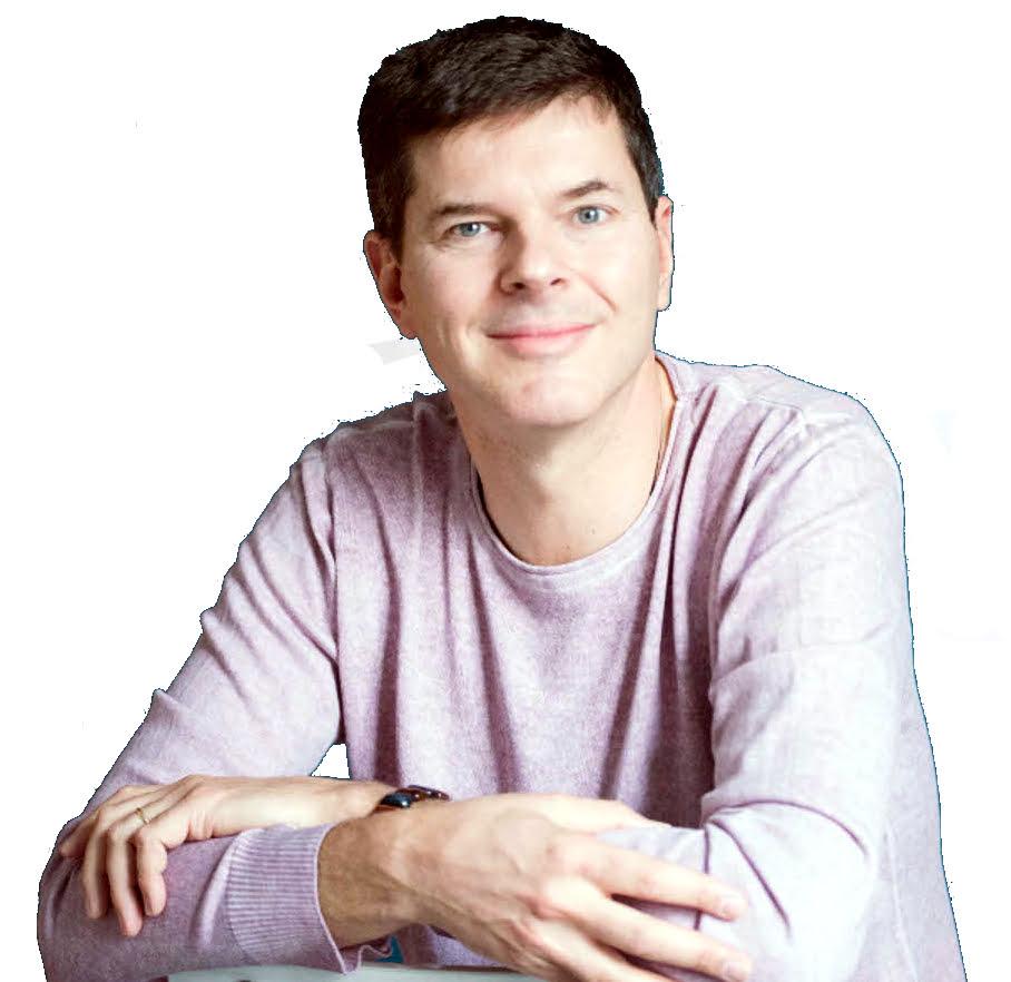 Luc Turell, maître enseignant Reiki, magnétiseur, praticien Access Bars et EFT